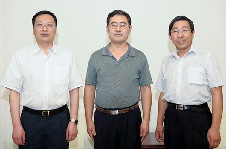 凤凰彩票官网 2