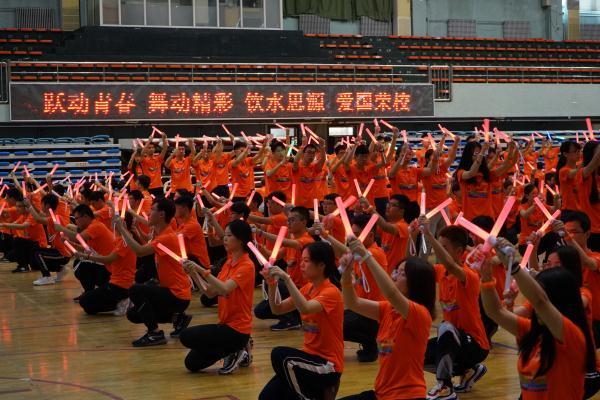 舞蹈训练照片.jpg
